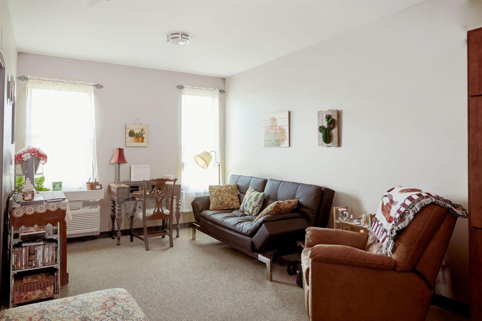 GateWay One Bedroom Living Room